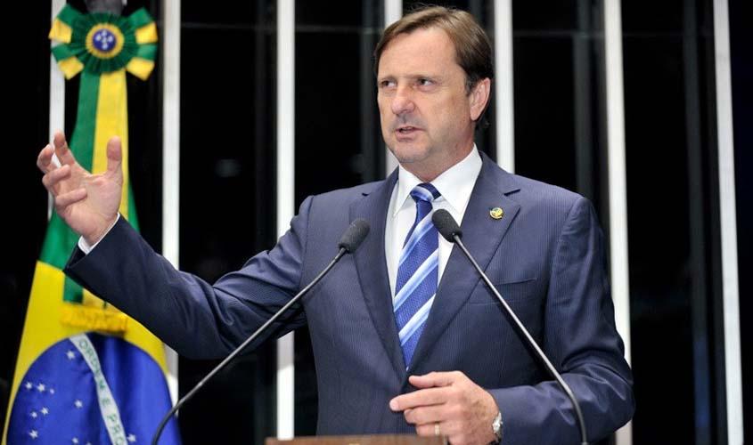 Senador de Rondônia que vai investigar irregularidades de empréstimos do BNDES à J&F recebeu R$ 833 mil... da J&F