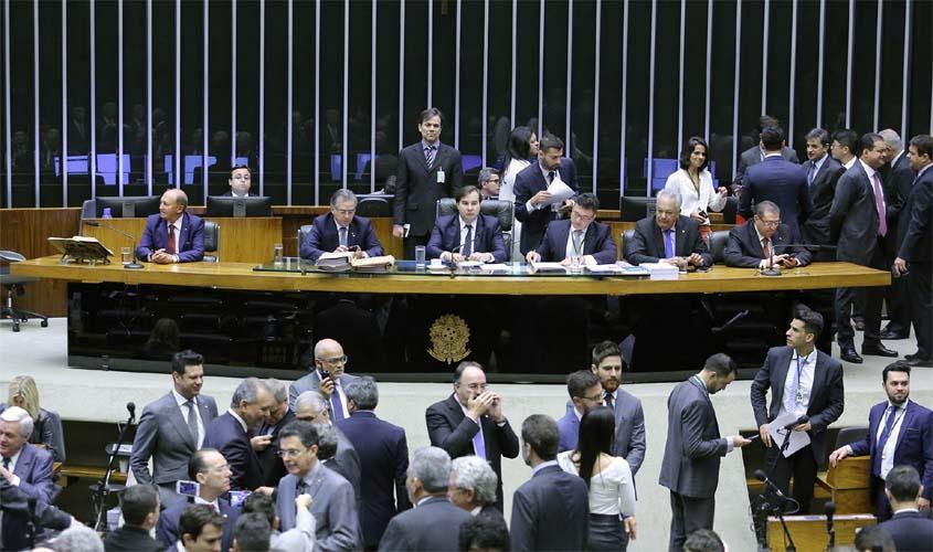 Corrupção passiva Bancada de Rondônia vota a favor de Temer e ajuda a arquivar denúncia contra presidente da República